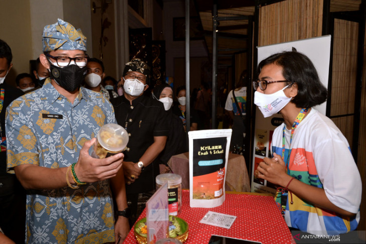 Uji coba pembukaan wisata Bali sampai serap telur peternak