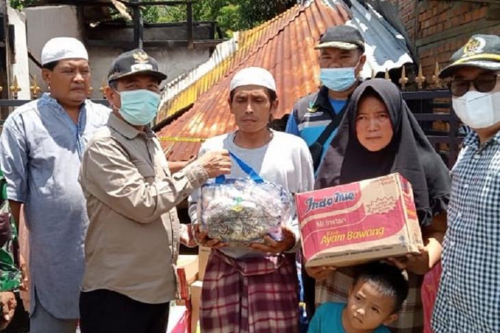 Bupati Merangin santuni korban kebakaran di Desa Bukit Perentak