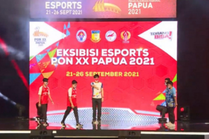 Jawa Barat raih emas eFootball PES esport  PON Papua