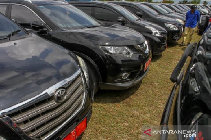 LSM Lodaya kritisi pembelian mobil dinas mewah Bupati Karawang saat pandemi