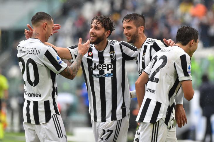 Juventus raih kemenangan kandang pertama