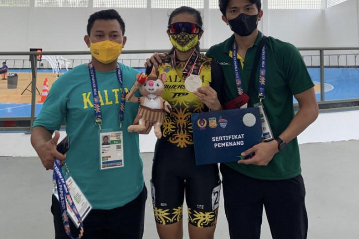 Atlet sepatu roda Rifa Moza sumbang medali pertama Kaltim di PON XX Papua