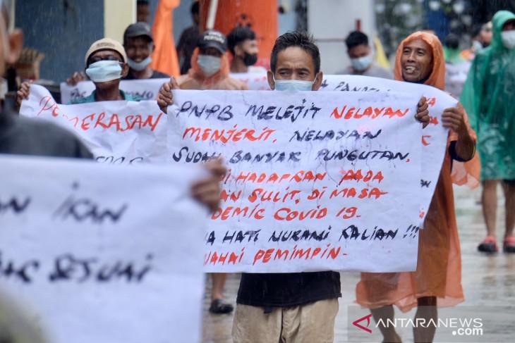 Nelayan Pemangkat Minta Pemerintah Batalkan Tarif PNBP