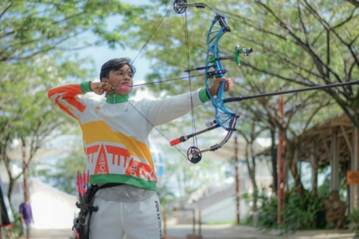 PON Papua - Atlet panahan Kalbar latihan pemantapan di Jayapura