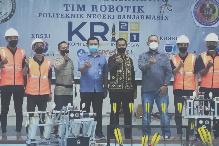 Politeknik Negeri Banjarmasin turunkan empat robot di kontes robot Indonesia 2021