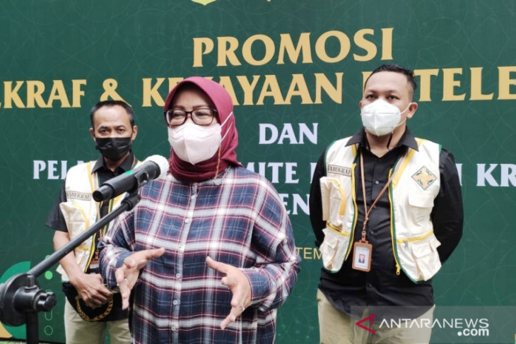 Bupati Bogor kukuhkan tim Kabekraf demi pulihkan ekonomi akibat pandemi