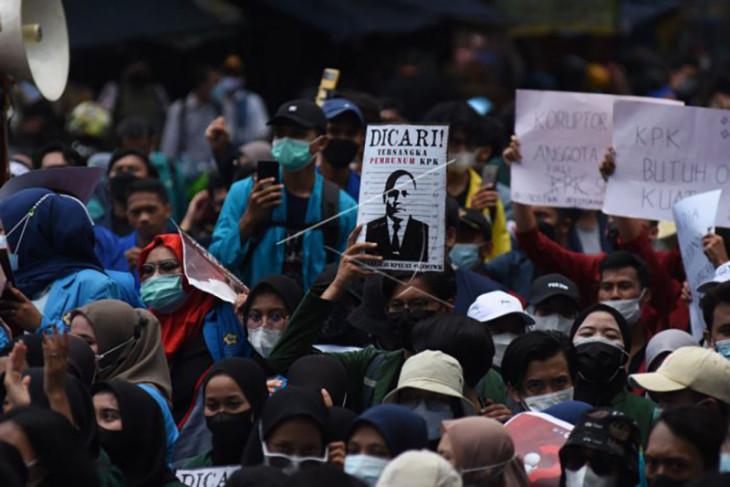 Aksi tolak pemecatan 56 pegawai KPK