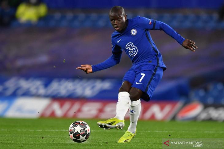 Positif COVID-19, N'Golo Kante absen lawan Juventus