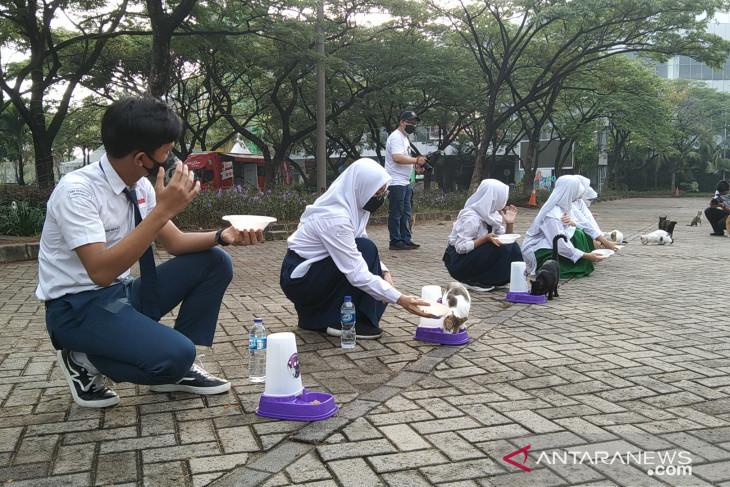 Governor Baswedan aims to make Jakarta animal-friendly city