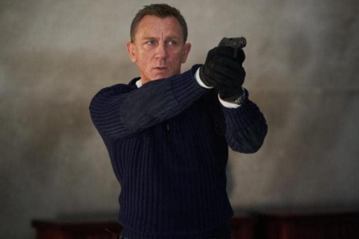 Daniel Craig semangat karena film James Bond