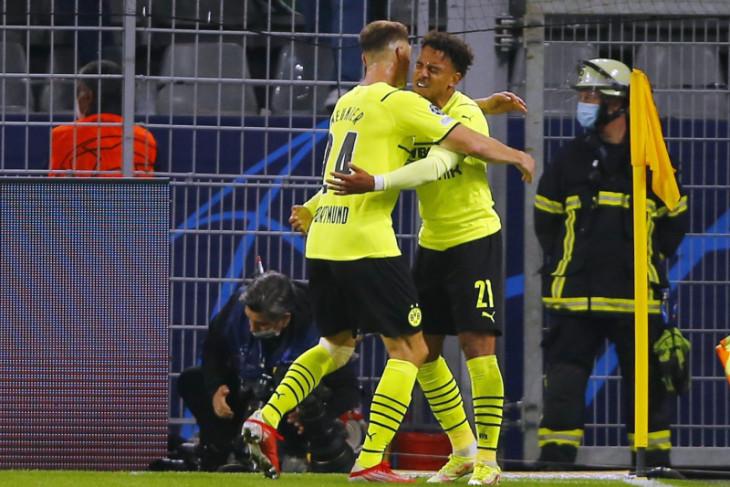 Malen bawa Dortmund kalahkan Sporting 1-0