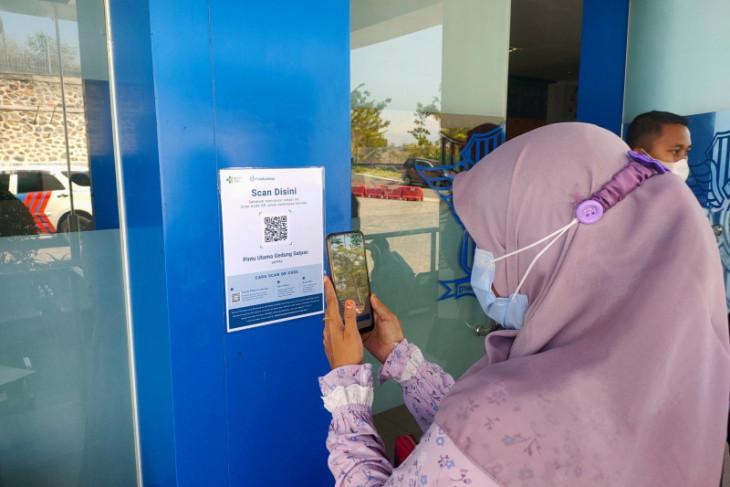 Layanan SIM dan Samsat Situbondo mulai terapkan aplikasi PeduliLindungi