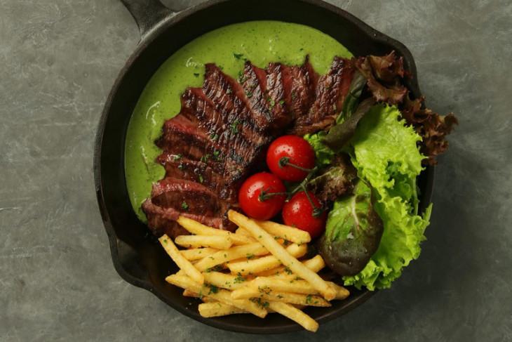 Olahan steak yang membuat lidah serasa berkelana ke Prancis