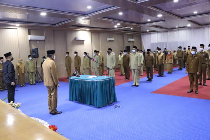 Sekda  lantik 61 pejabat di lingkungan Pemkot Binjai