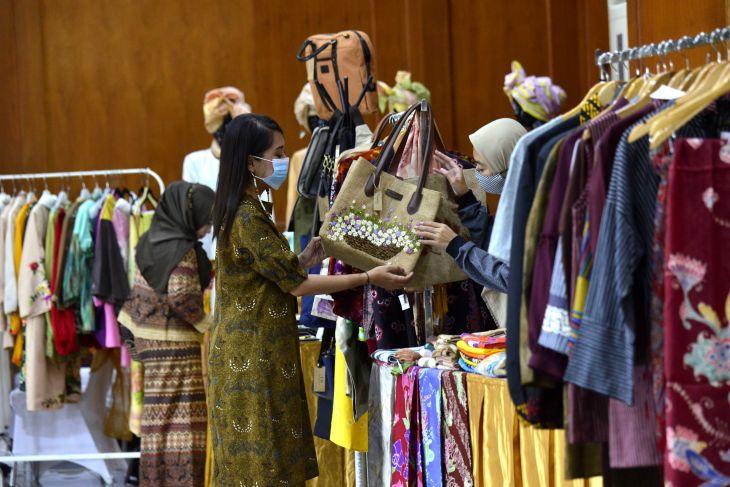 Surabaya to hold batik and MSME  produk on heroes day