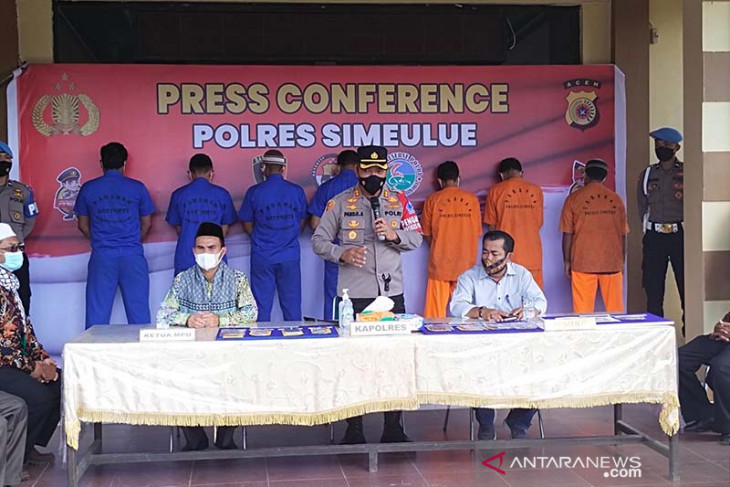 Polisi tangkap pengedar narkoba dan pemain judi online