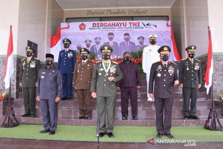 Kodam XVIII/Kasuari syukuran HUT TNI ke 76 sederhana dan penuh khidmat