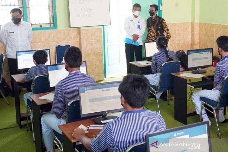 Sejumlah sekolah di Kalbar terkendala dalam pelaksanaan Asesmen Nasional