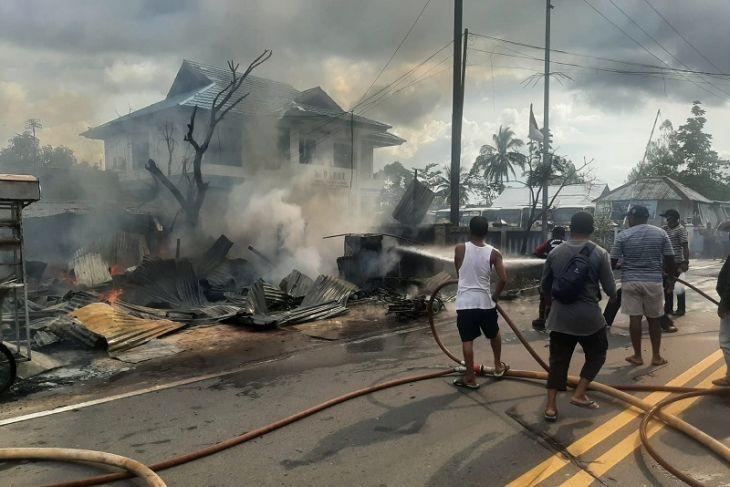 Kios BBM eceran terbakar di Ambon kerugian ratusan juta