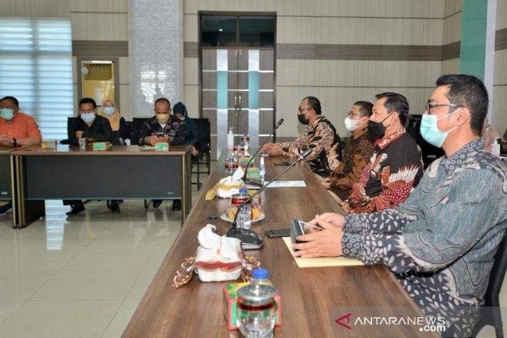 Wakil wali kota Sabang buka rapat koordinasi DPMPTSP se Aceh