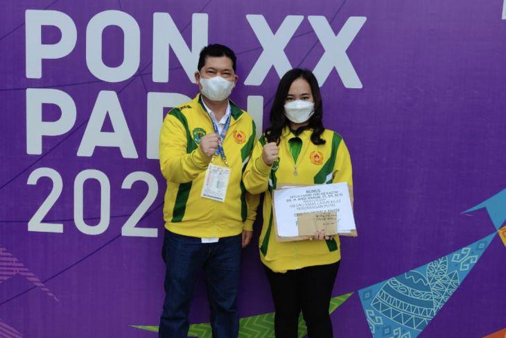PON Papua - Chelsie Monica sumbang medali emas kedua dari catur cepat