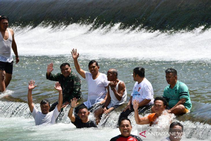 Bupati sebut ritual mandi Safar jadi andalan wisata budaya Gorontalo Utara