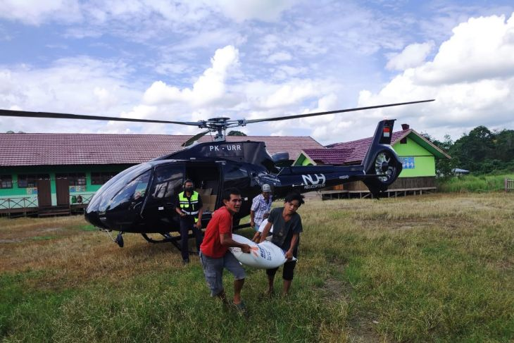 Pemkab Paser sewa helikopter kirim bantuan korban banjir