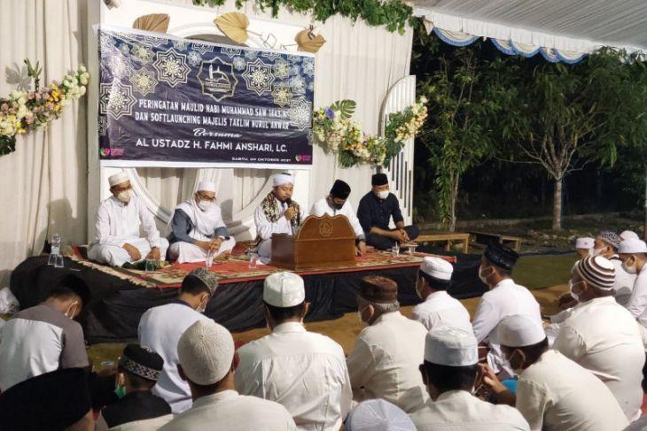 Camat resmikan Majelis Nurul Anwar Kambitin
