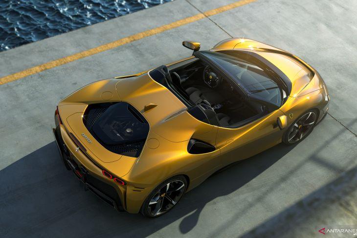 Ferrari SF90 Spider hadir dengan teknologi plug-in hybrid