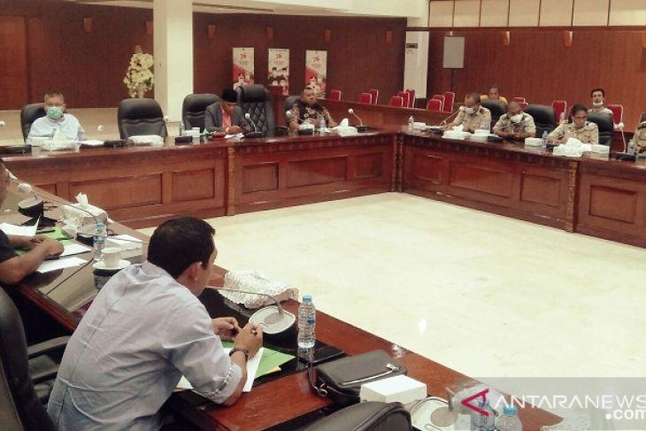 Komisi I DPRD Maluku mediasi sengketa lahan warga Tawiri dan TNI - AU tegakkan aturan