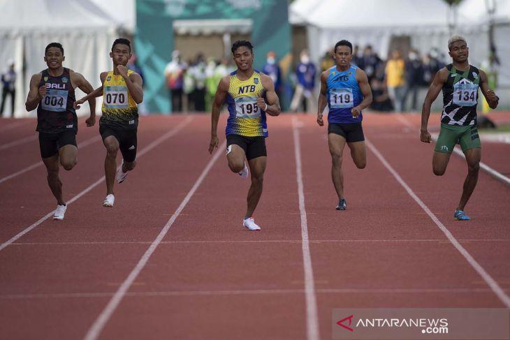 PON Papua: Kalahkan DKI dan NTB, kuartet Jatim sabet emas 4x100 meter estafet putra