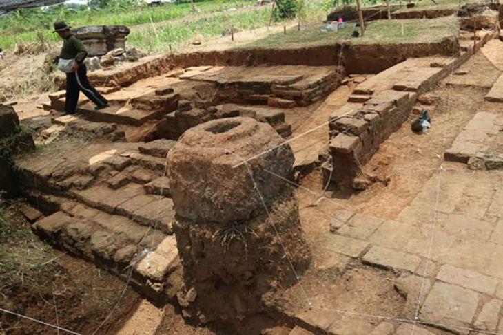 Eskavasi situs Watu Kucur zaman Majapahit