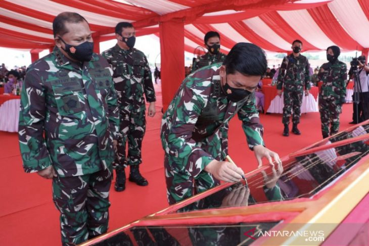Panglima TNI  resmikan tiga Markas Kogabwilhan dan Monumen Tri Matra