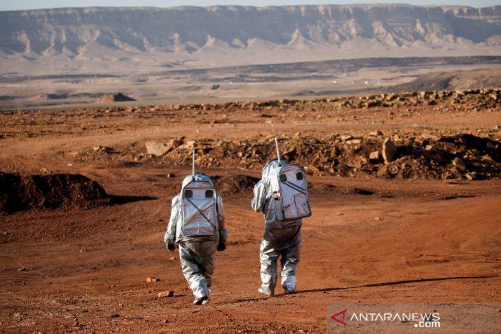 Ilmuwan simulasikan kehidupan di Mars di Kawah Ramon