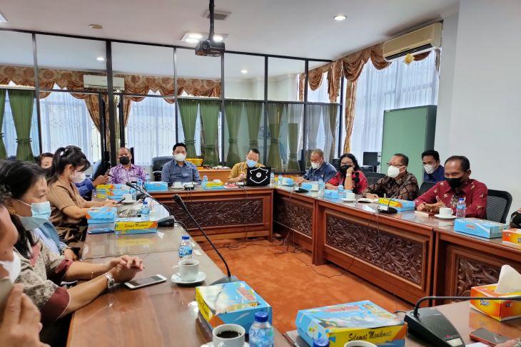 DPRD Palangkaraya dan Bartim bersamaan komparasi ke DPRD Kalsel