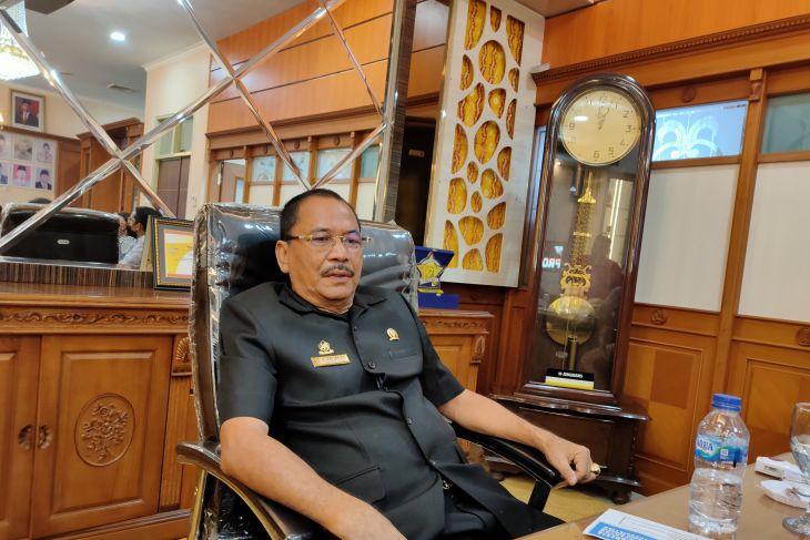 Ketua DPRD Kalsel beri bonus atlet berprestasi PON Papua