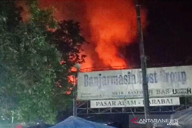 Pasar Keramat Barabai kebakaran, delapan unit toko dilalap si jago merah