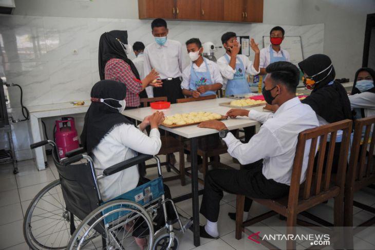 Pelatihan keterampilan bagi disabilitas