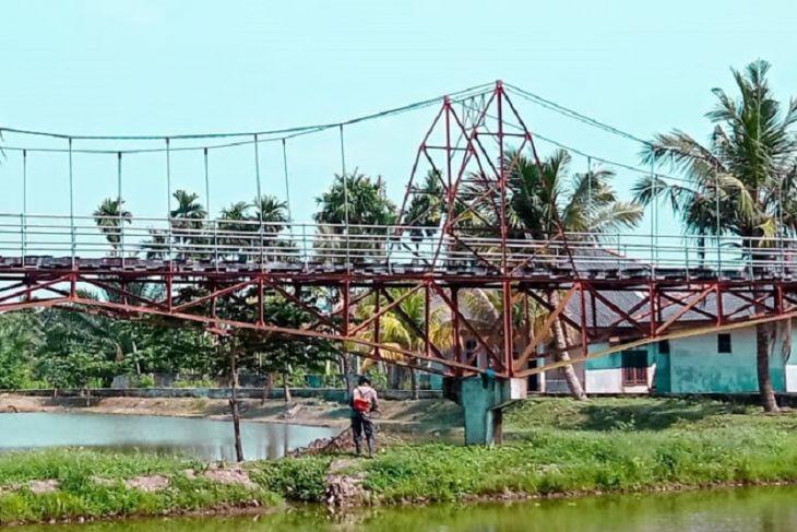 Jembatan Gantung tempat bersantai