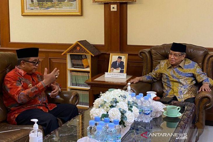 Mulai tahun depan, Bupati Aceh Barat berencana kirim santri belajar ke luar negeri