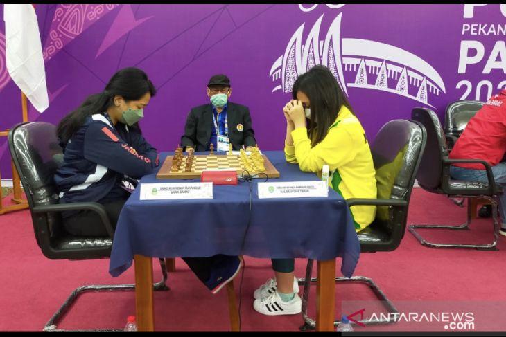 PON Papua - Chelsie Monica tutup laga catur standar dengan medali perak