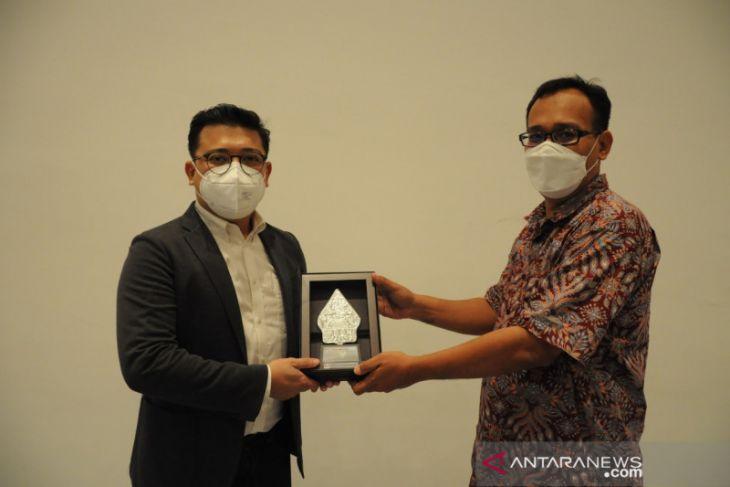 UPJ - PT Grand Indonesia kolaborasi buka Program Management Trainee
