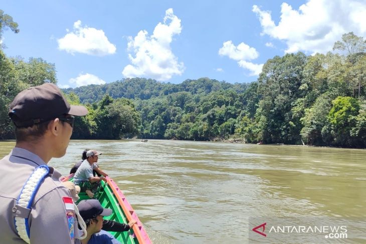 Sablin warga Kapuas Hulu diduga tenggelam di hulu sungai Kapuas