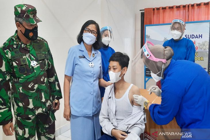 Pangkoopsau II perintahkan vaksinasi bagi pelajar digencarkan