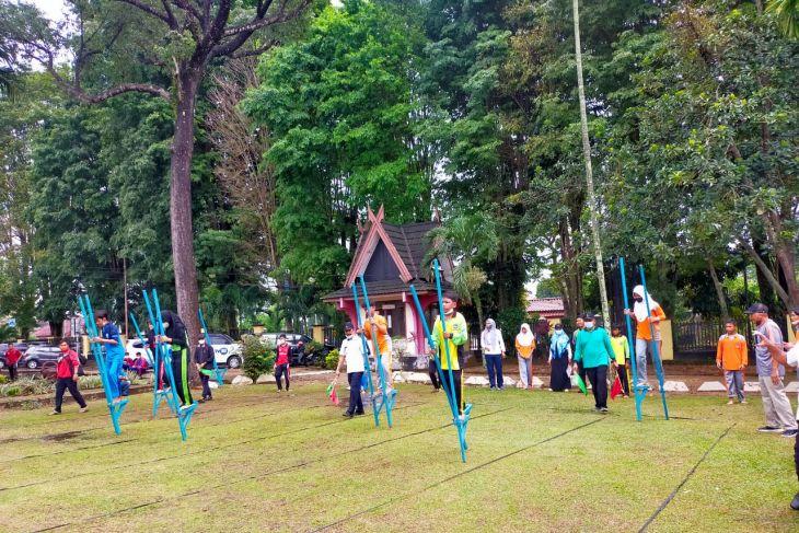 Museum Siginjei ajak siswa SMP Kota Jambi main enggrang