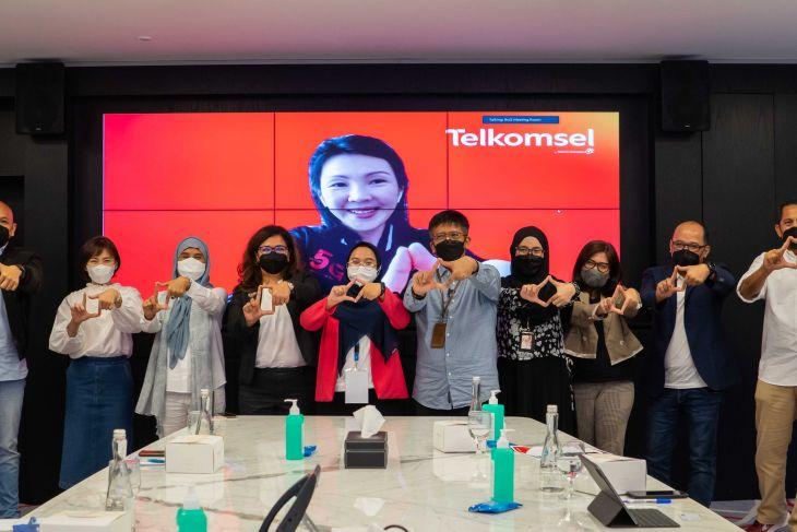 Telkomsel Berpartisipasi dalam #GirlsTakeOver 2021
