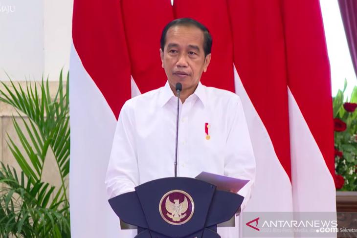 Presiden sebut mobil listrik buatan Indonesia akan muncul pada 2023-2024