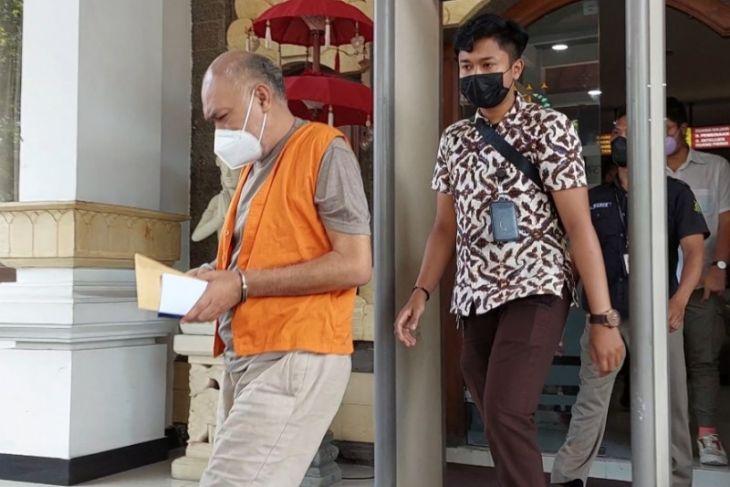Kejati Bali tahan oknum ngaku-ngaku jaksa dari Kejagung
