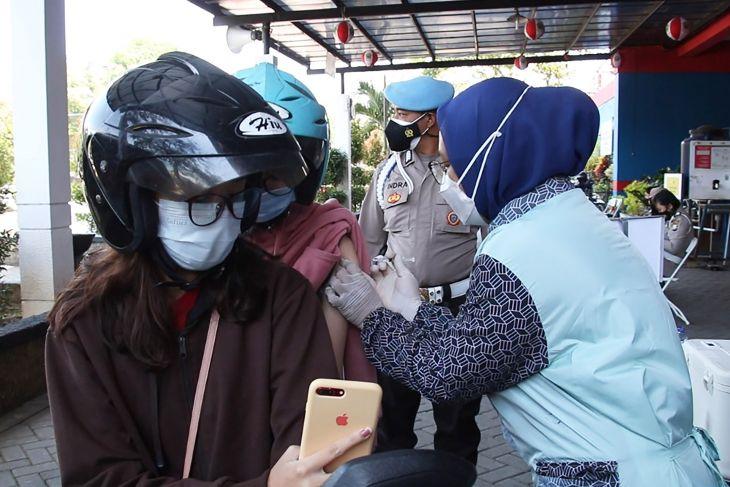 Polresta Malang Kota fasilitasi warga tertunda divaksin