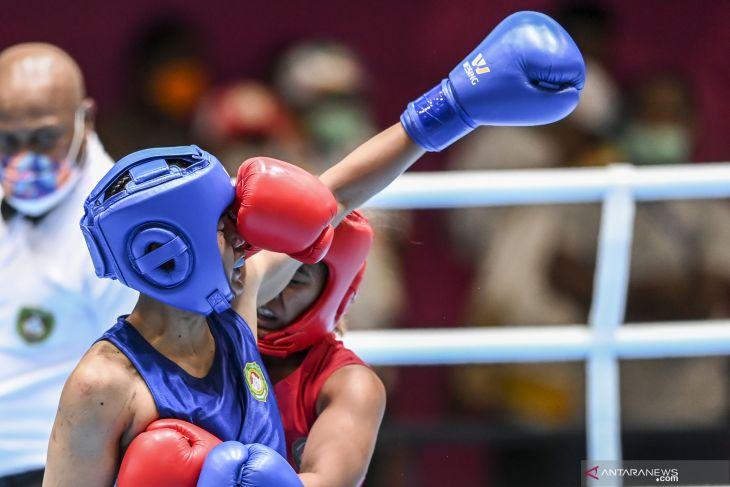 Juara bertahan Welmy Pariama takluk petinju Papua rebut emas welter ringan putri